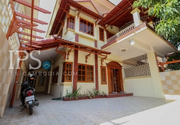 3 Bedroom Villa  For Rent - Chroy Changva, Phnom Penh