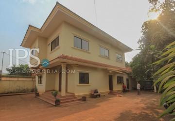 7 Bedroom  Villa For Sale - Slor Kram, Siem Reap