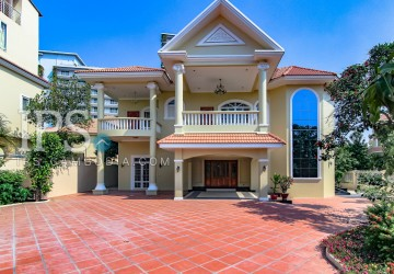 5 Bedroom Villa For Rent - Chroy Changva, Siem Reap