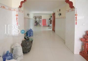 Flat For Rent Near Psar Luer, Shihanouk Ville thumbnail