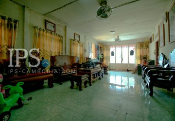 5 Bedroom House For Sale - Independent Beach Area, Sihanoukville  thumbnail