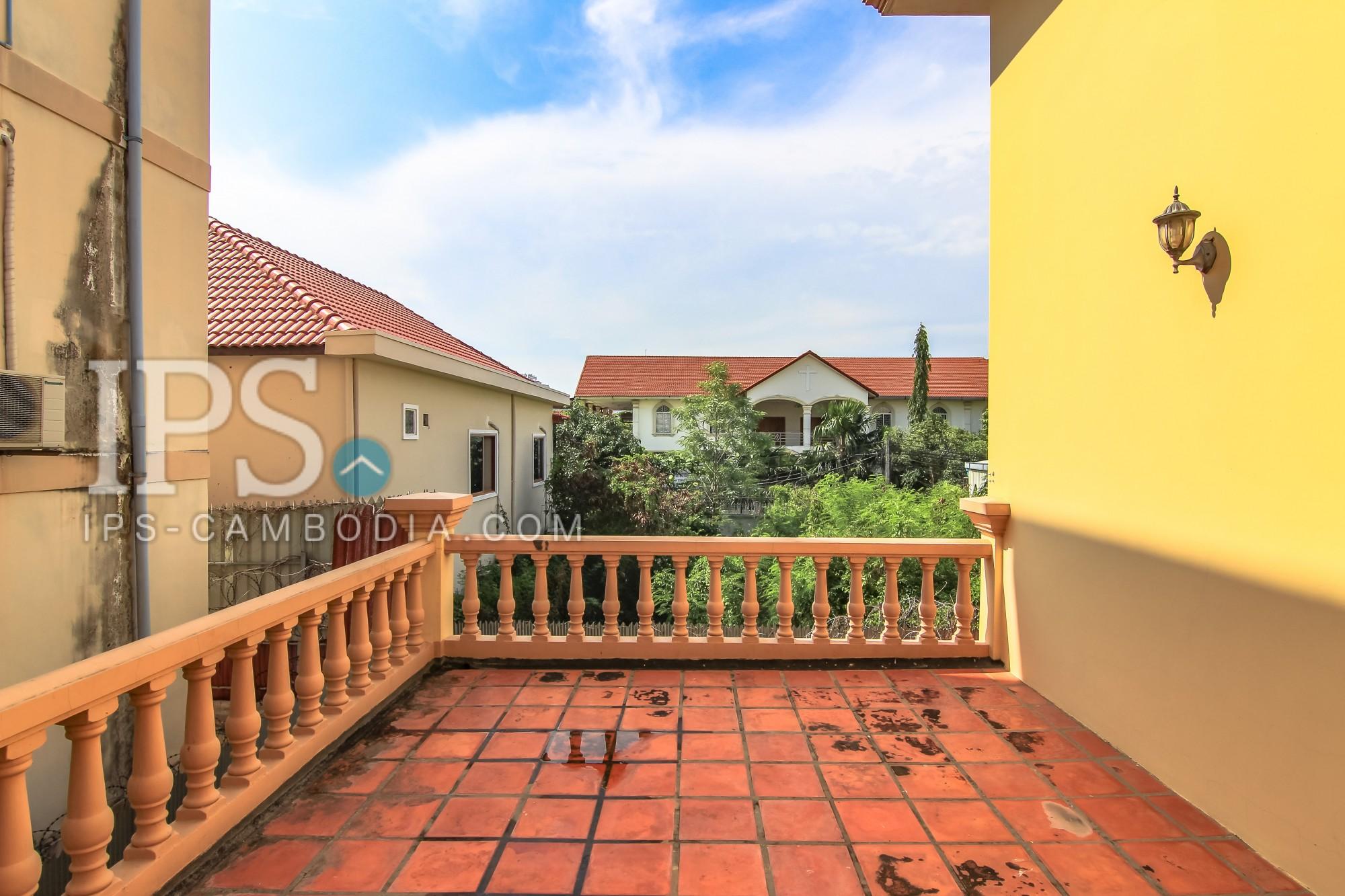 Four Bedroom Villa for rent in Phnom Penh near Toul Toum Pong Market