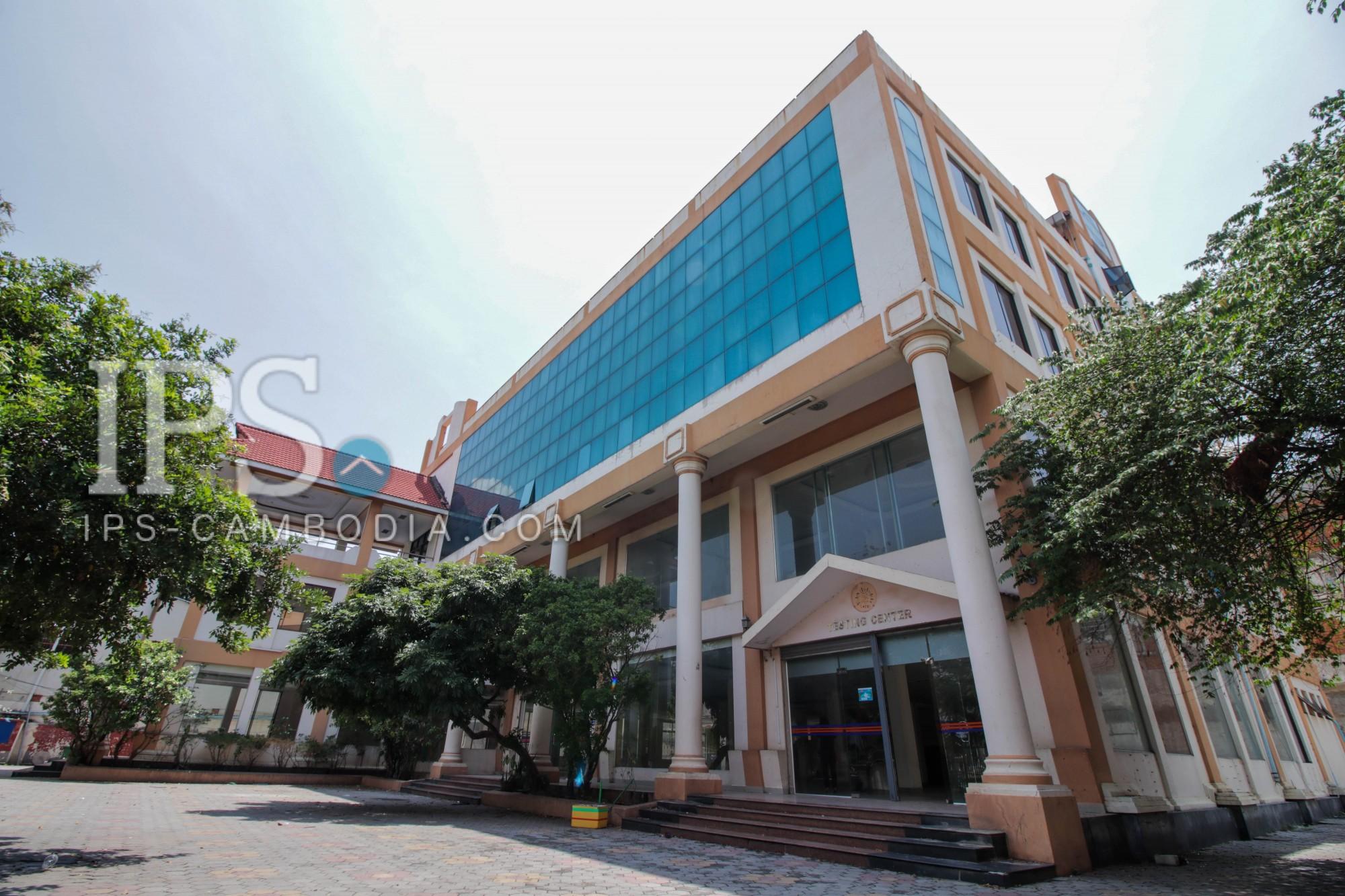 Commercial Building  For Rent - Daun Penh  Area