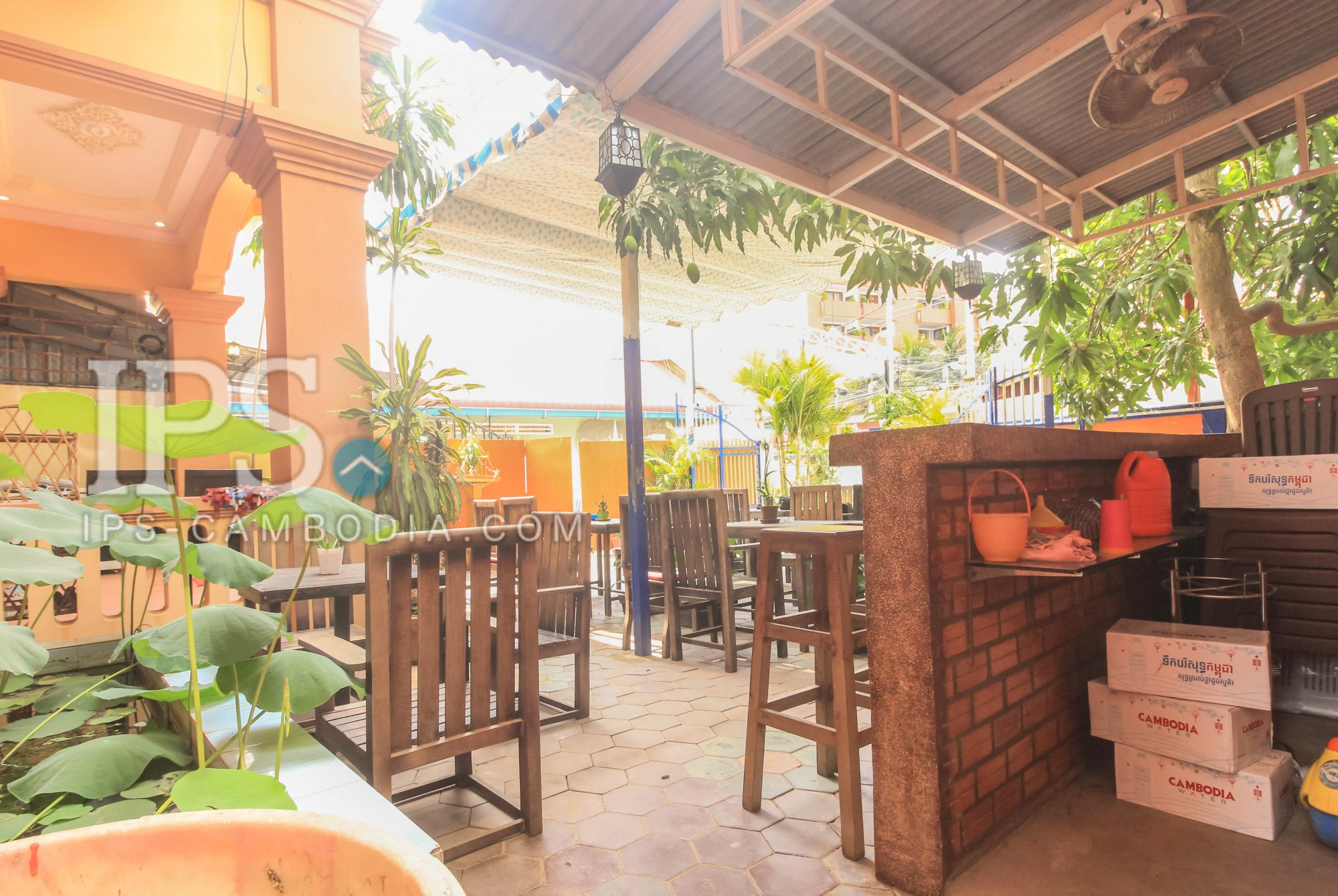 10 Room Guesthouse For Rent - Night Market Area, Siem Reap