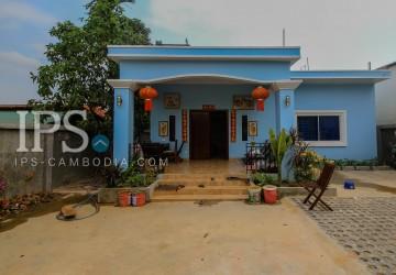 2 Bedroom Townhouse For Rent - Slor Kram, Siem Reap