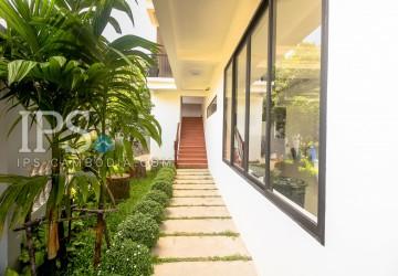 2 Bed Room Apartment For Rent - Wat Damnak, Siem Reap thumbnail