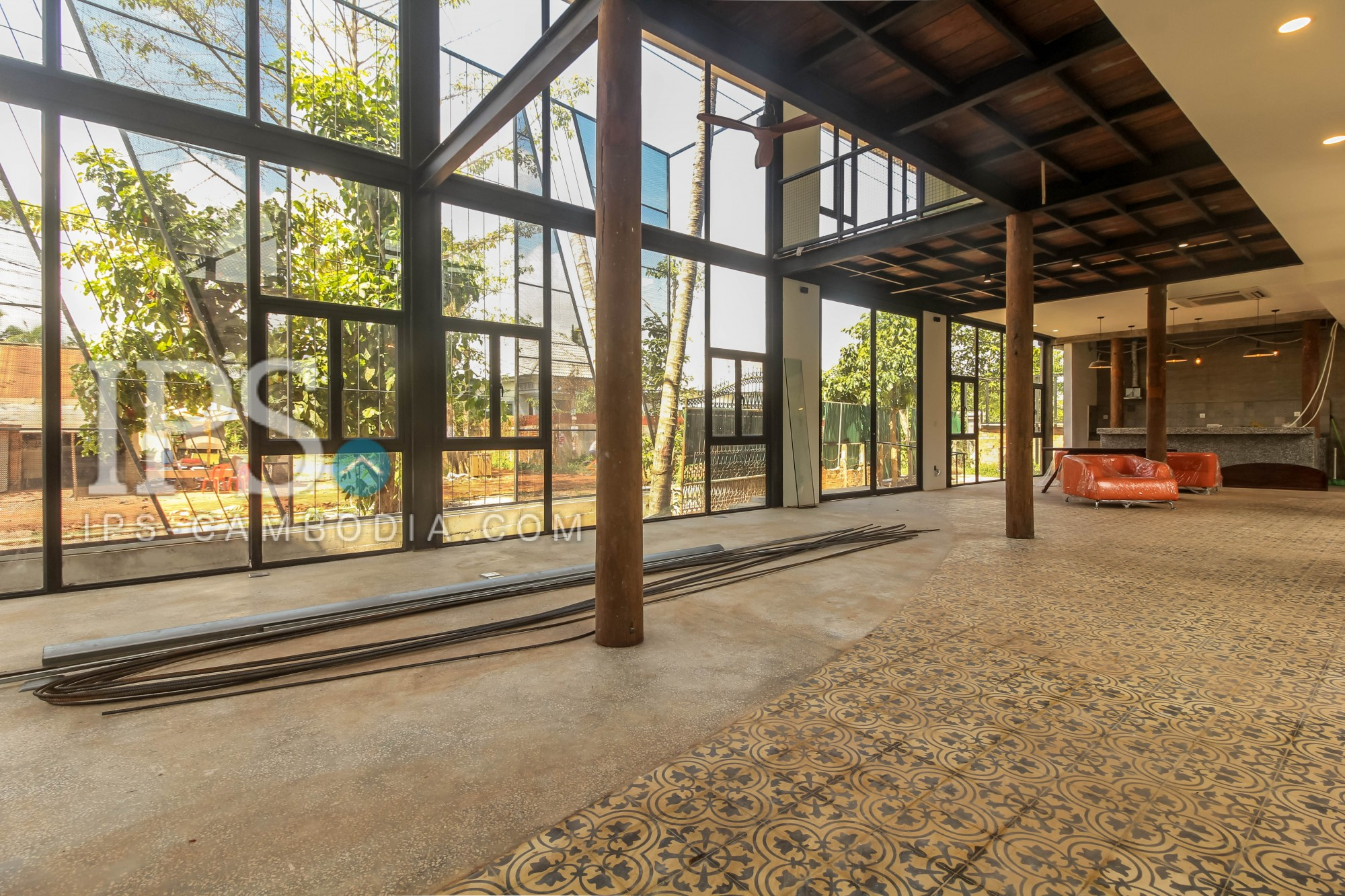 3 Bedroom And Commercial Space For Rent - Sala Komreuk, Siem Reap