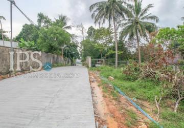 1500 sqm Land For Sale - Sihanoukville, Near wat Leur  thumbnail