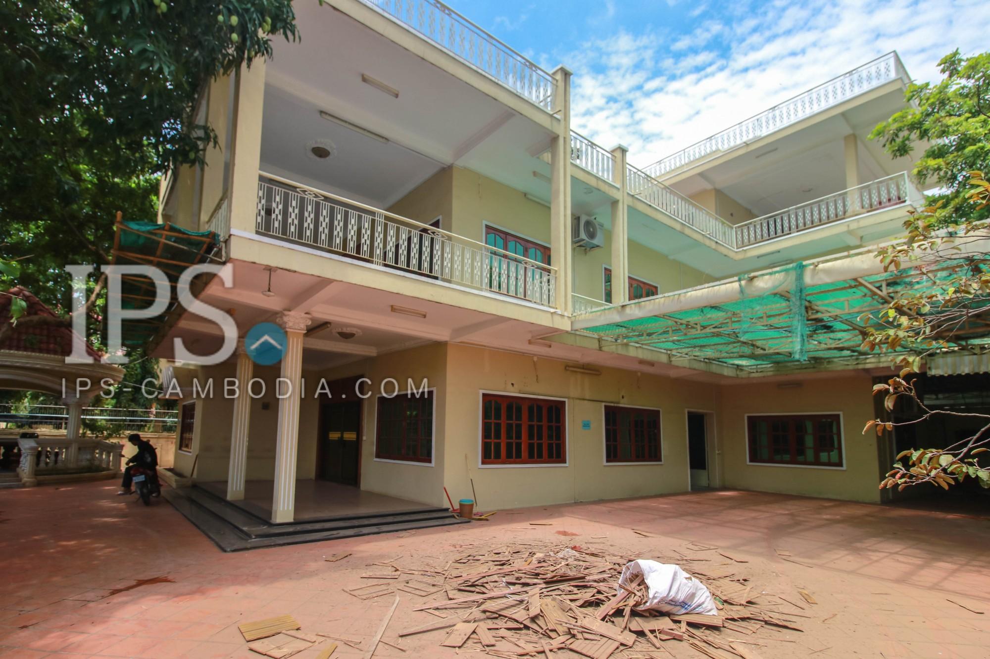 11 Bedroom Villa For Rent - Toul Kork