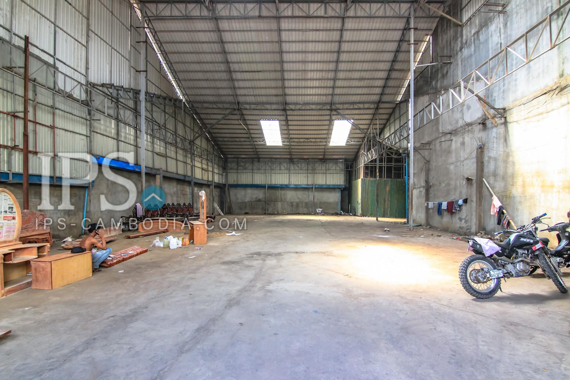 600sqm Warehouse  For Rent  - BKK3
