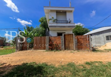 3 Bedroom House For Sale - Sang Kat Chreav, Siem Reap