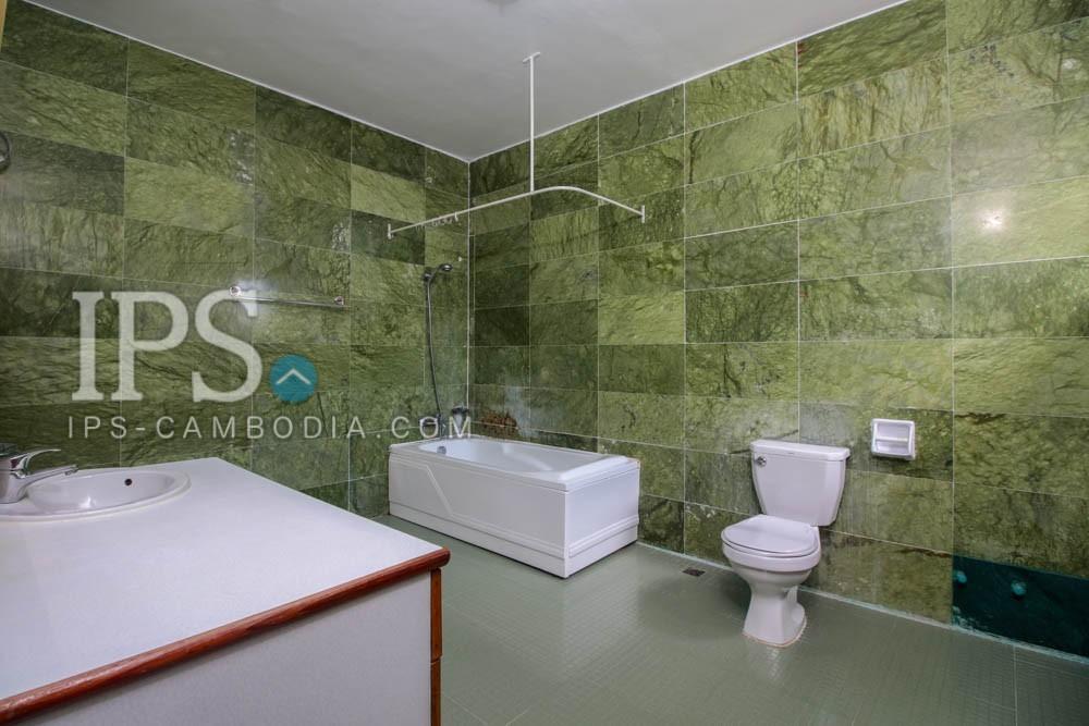 680 sqm. 4 Bedroom Villa  For Rent - Tonle Bassac