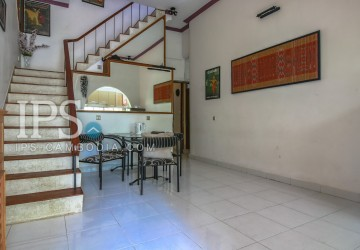 Townhouse For Rent in Phnom Penh - Four Bedrooms in Daun Penh