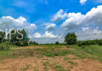 11,000 sqm Land for Sale - Koh Prak District Kean Svay - Kandal Provinces