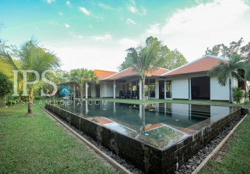 Amazing Deluxe Villa for Sale - Siem Reap