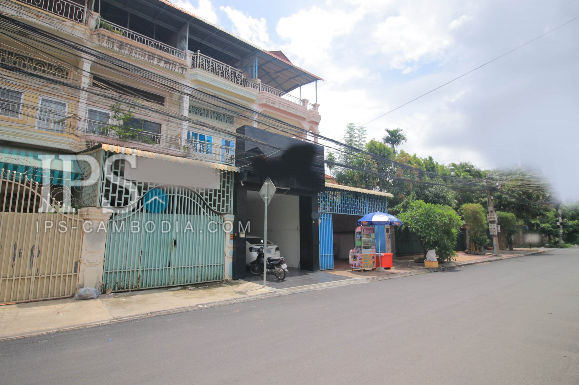 5 Room  For Sale in Boeung Kak 2, Phnom Penh