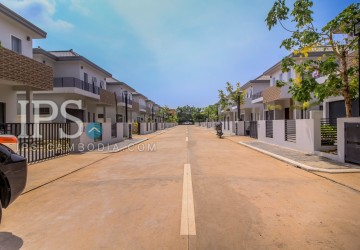 3 Bedroom Modern Villa  For Sale - Sra Ngae, Siem Reap