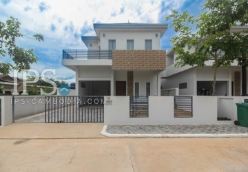3 Bedrooms Villa  For Rent - Sra Ngae, Siem Reap