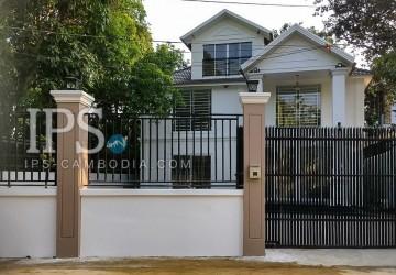 4 Bedrooms Contemporary Villa for Sale - Prek Eng, Phnom Penh