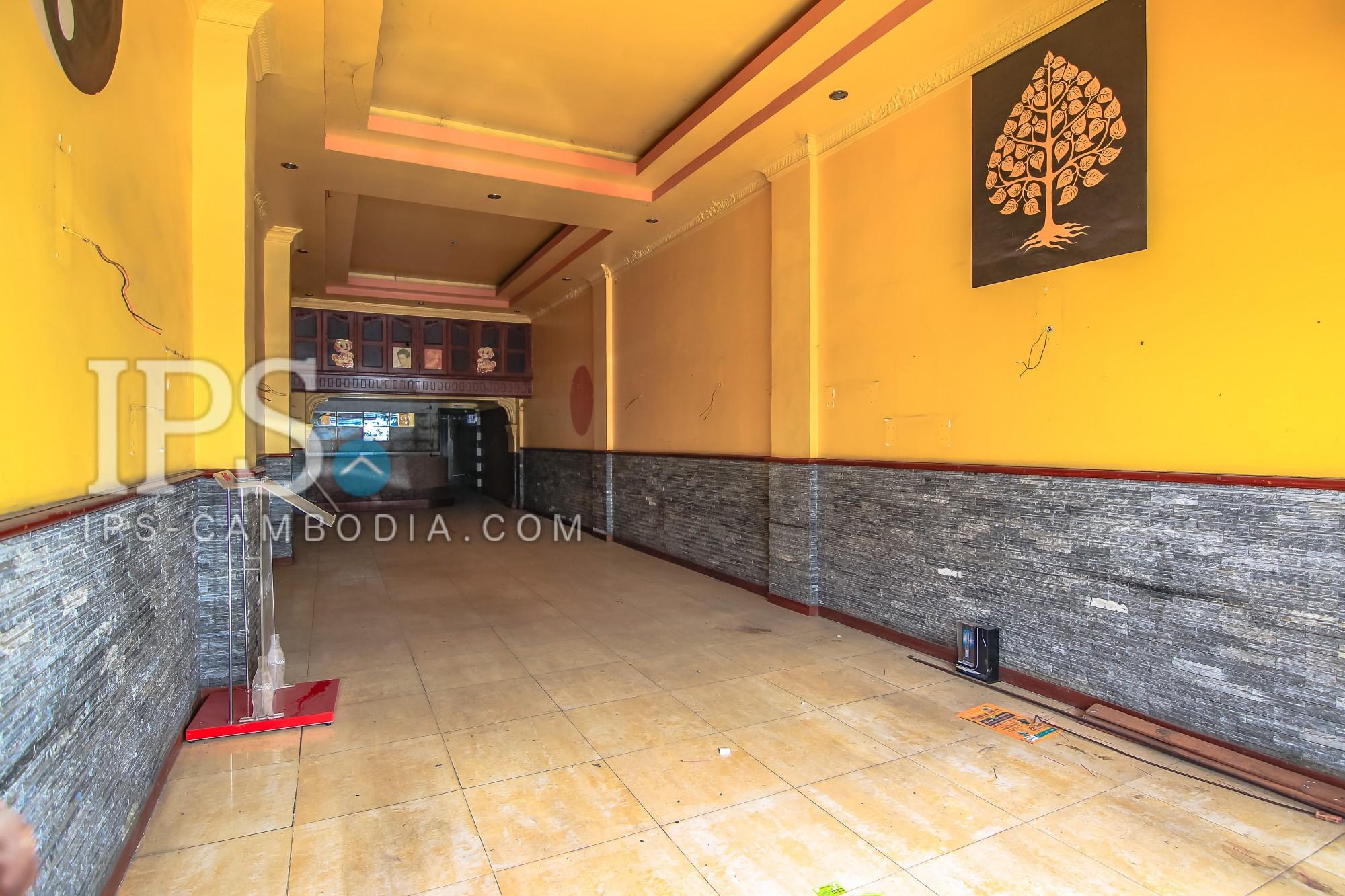 4 Floors Commercial Shophouse For Rent - Riverside