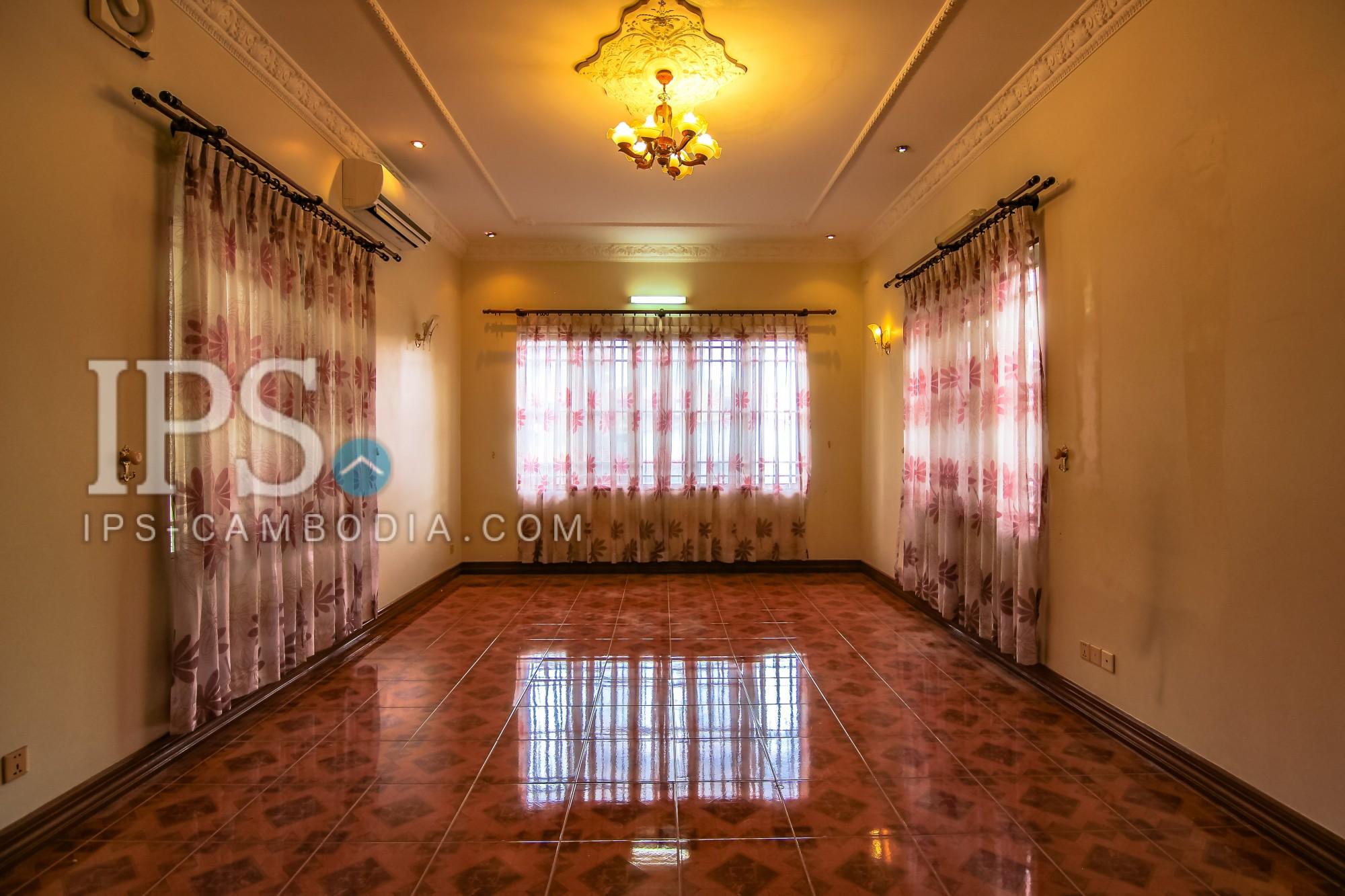 7 Bedroom Villa For Rent - BKK1