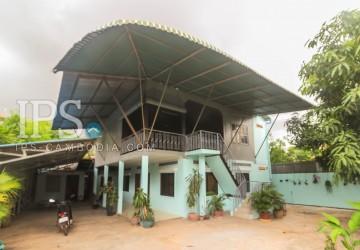4 Bedrooms Wooden House  For Rent - Svay Dangkum, Siem Reap