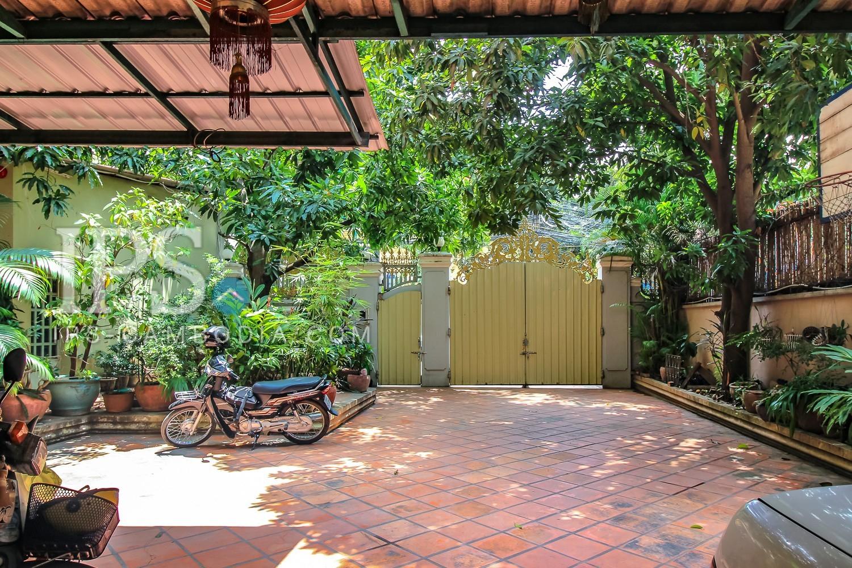 1 Bedroom Apartment For Rent in BKK1, Phnom Penh