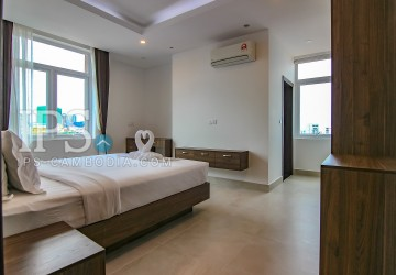 2 Bedrooms Apartment for Rent in Toul Tumpong  thumbnail