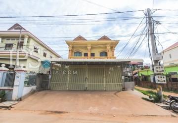 Shophouse 4 Bedrooms  For Rent - Svay Dangkum, Siem Reap