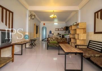 3 Bedrooms House For Rent - Slor Kram, Siem Reap