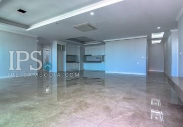 4 Bedrooms Apartment For Sale in BKK1, Phnom Penh