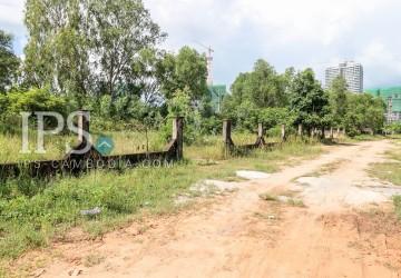 1,900 sqm Land For Sale - Sihanoukville (near Independent beach)