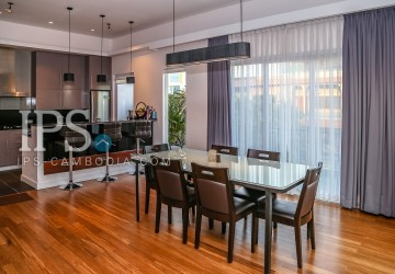 2 Bedrooms Luxury Duplex For Rent - BKK1, Phnom Penh