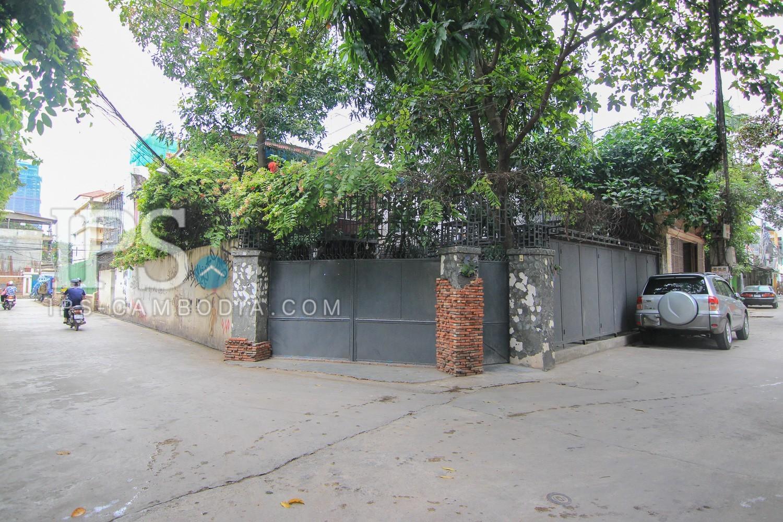 166 Sqm Corner Land For Sale - Tonle Bassac, Phnom Penh