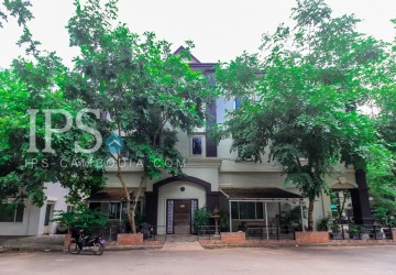 4 Bedroom House For Sale - Slor Kram, Siem Reap