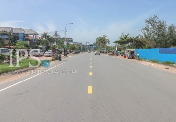 1,600 sqm Land For Sale - Ochheuteal Beach Area, Sihanoukville