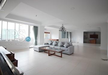 4 Bedrooms Apartment for Rent - BKK1, Phnom Penh