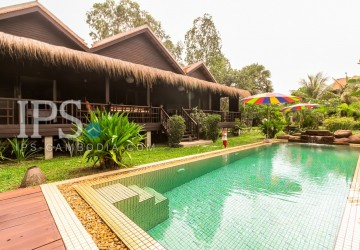 4 Bedroom  villa with pool for rent in  Siem Reap