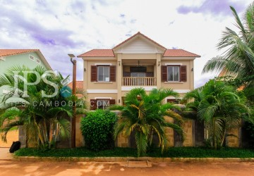 4 Bedrooms Villa For Rent - Svay Dangkum, Siem Reap