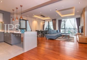 3 Bedrooms Apartment For Rent - Boeung Trabek, Phnom Penh
