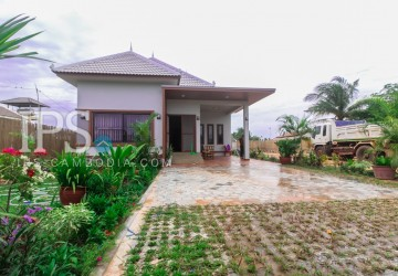2 Bedrooms Villa For Rent - Sala Kamreuk, Siem Reap