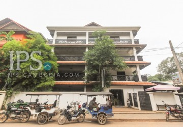 22 Bedrooms Hostel For Sale - Wat Damnak, Siem Reap
