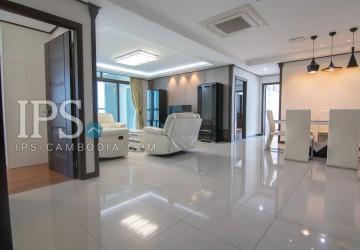 3 Bedrooms Apartment For Rent - BKK1, Phnom Penh