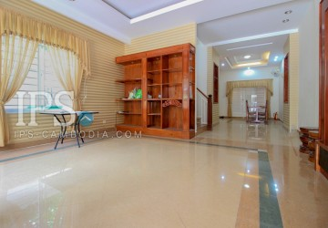 4 Bedrooms Villa For Rent - Sen Sok, Phnom Penh