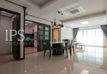 4 Bedrooms Apartment For Rent in BKK1, Phnom Penh
