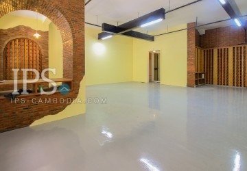 Commercial Space For Rent -  Daun Penh, Phnom Penh