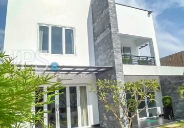 Modern Villa for sale in Toul Kork - Five  Bedrooms