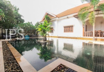 8 Rooms Boutique Hotel Business For Sale - Svay Dangkum, Siem Reap