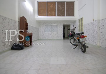 3 Bedroom Shophouse For Rent - BKK1, Phnom Penh