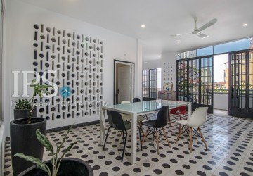 2 Bedroom Apartment  For Rent - BKK 2, Phnom Penh